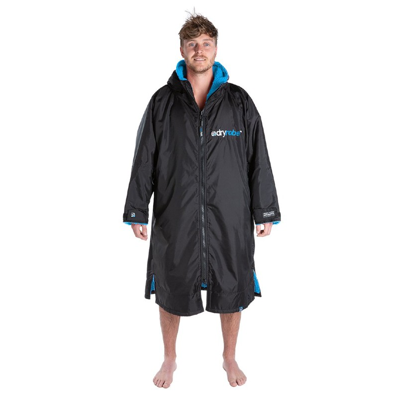 man wearing Long sleeve Dryrobe Black Blue