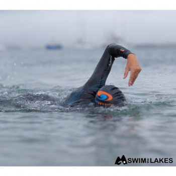 womens blueseventy fusion wetsuit action