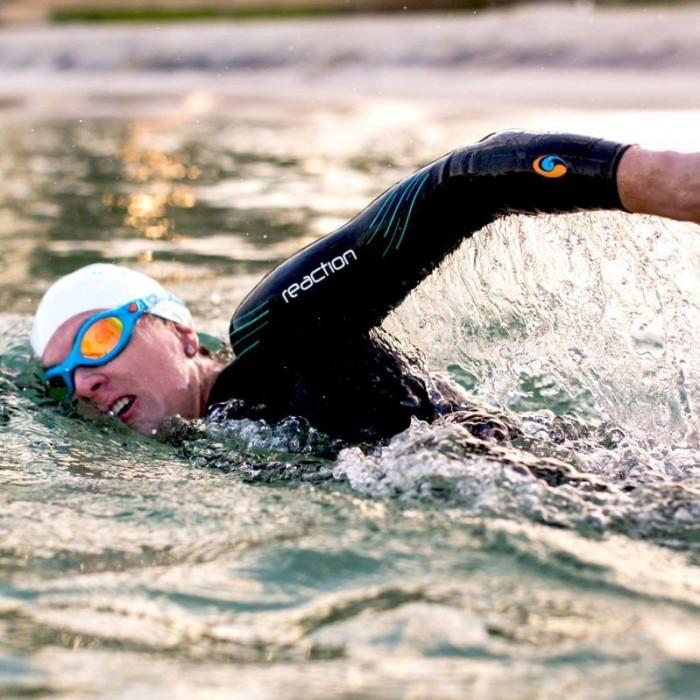 BlueSeventy Reaction wetsuit Womens action