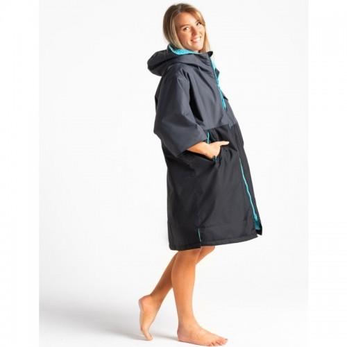 Lady wearing Robies Dryseries short sleeve change robe